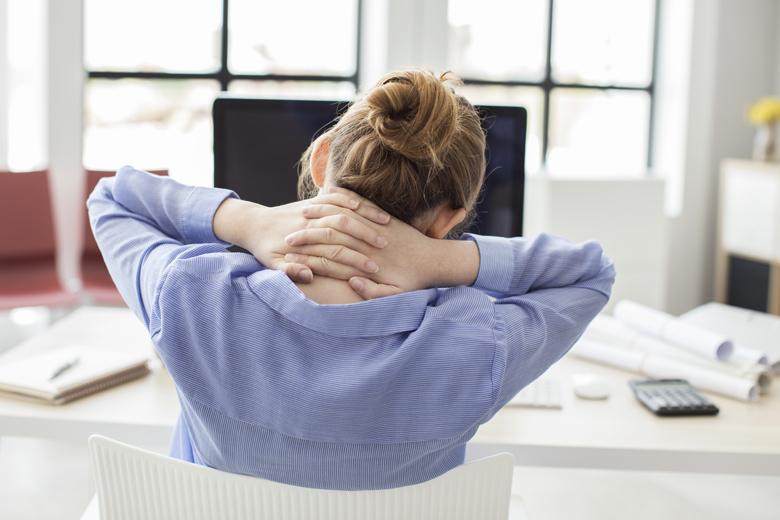 Yoga gegen Schmerzen im oberen Rücken